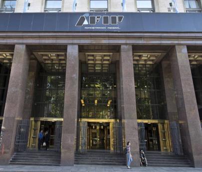 AFIP prorroga dos meses el pago de contribuciones patronales de abril