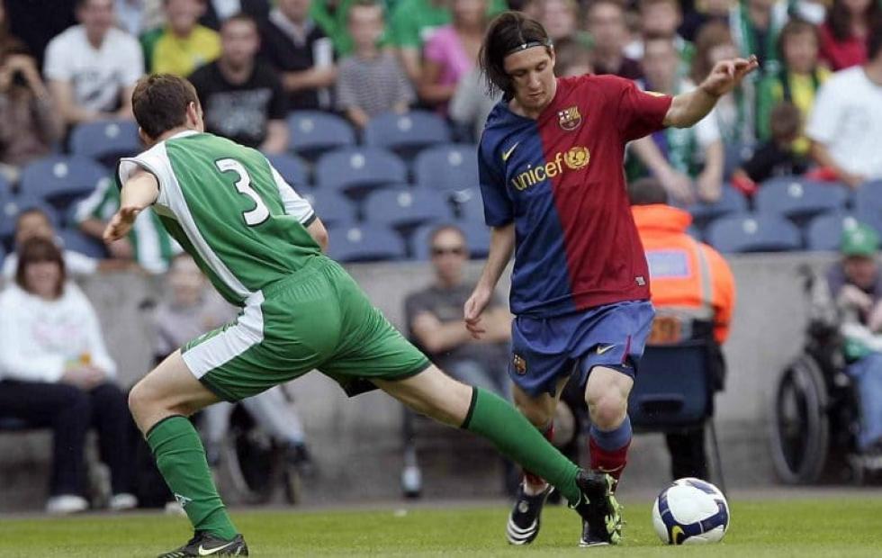 Messi cumple doce años vistiendo la 10 de Barcelona