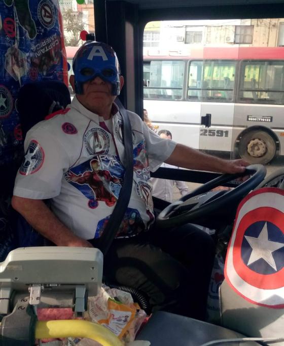 Dolor inmenso: Murió el chofer alegraba a los chicos disfrazado de superhéroe