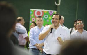 Valdés y Tassano inauguraron refacciones en el gimnasio Pedro Ferré