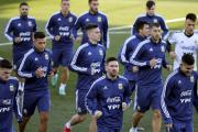 Scaloni prepara un equipo ultraofensivo para la vuelta de Messi a la Selección