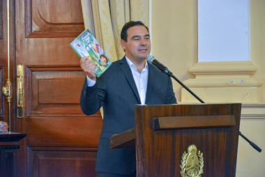 thumbnail_22- Presentacion Libro Corrientes y Yo 12-04-19 _13.jpg