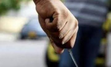 cuchillo en mano.jpg