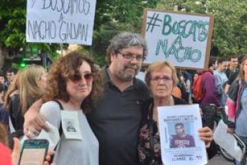 Marcha en La Plata por el joven músico desaparecido el viernes