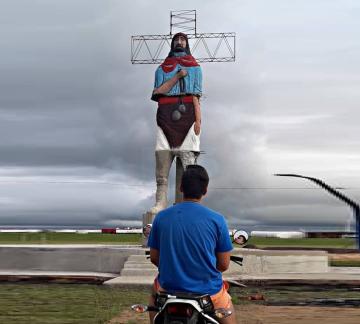 La fe no tiene límites: Corrientes tiene el monumento del Gauchito Gil más grande de Argentina