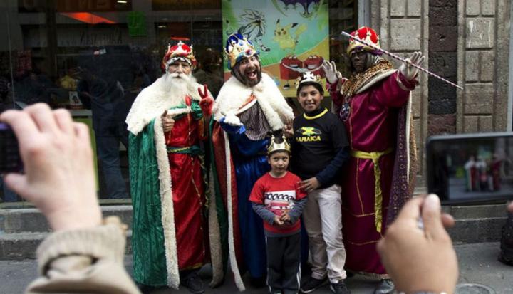 La fiesta de los reyes magos se celebra el 6 de enero en Argentina y en otros varios países del mundo