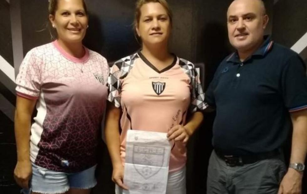 For Ever incorporó a una mujer trans a su plantel de fútbol femenino
