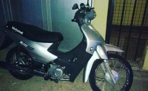 Roban la moto de un policía en predio de la Comisaría Octava