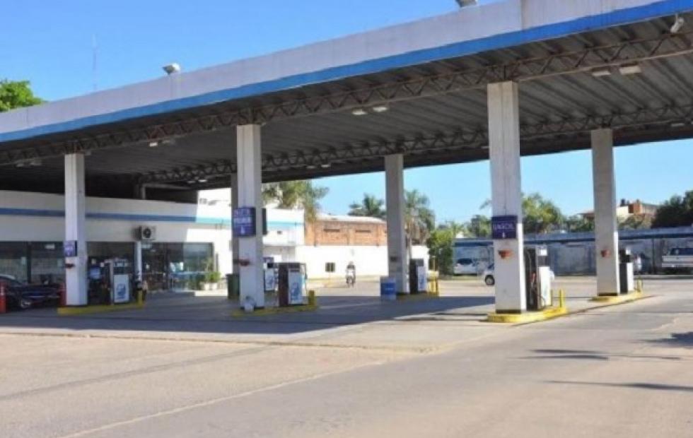"""Estaciones de servicios están """"en jaque"""" tras postergarse el aumento en los combustibles"""