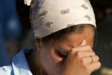 """""""Dios nos protegió"""": Una mujer evitó el robo de motochorros en Corrientes con """"la palabra del Señor"""""""