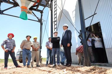 Gustavo Valdés consolida a Corrientes como la mayor potencia foresto-industrial de Argentina