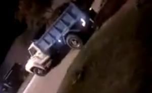 Vídeo: camiones con tierra cierran el barrio San Marcos que quedó aislado preventivamente