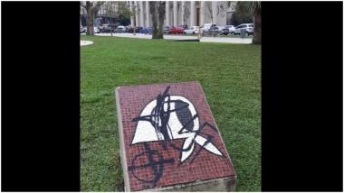 panuelos-plaza-de-mayo-24062020-976107.jpg