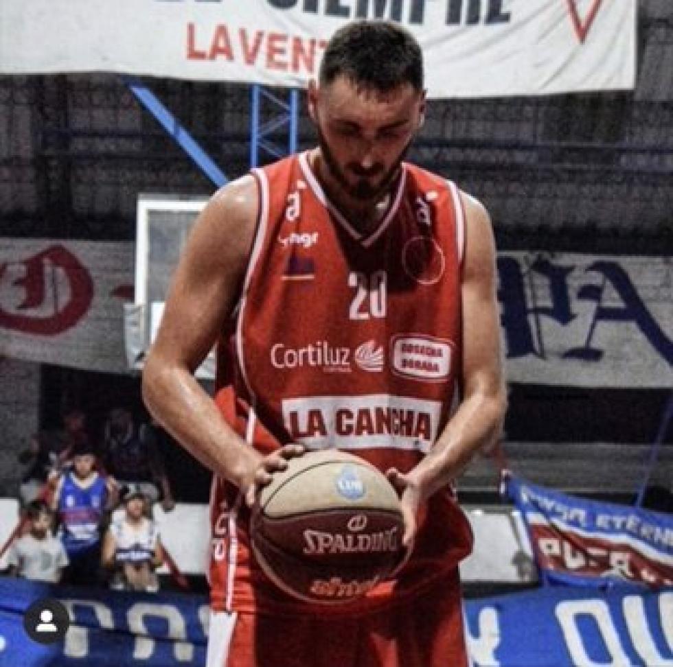 uruguayo muerto basquet.jpg