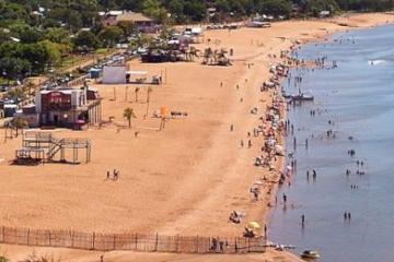 paso de la patria playa.jpg