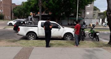 El GRIM 3 secuestró una camioneta con pedido de localización estacionada hacia días en el parque Mitre