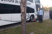 Otro siniestro vial en 3 de Abril y España: Motociclista derivado al Hospital Escuela