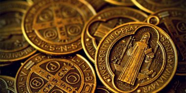 st_benedict_s_medal_by_daxxbondoc-d79ig26.jpg