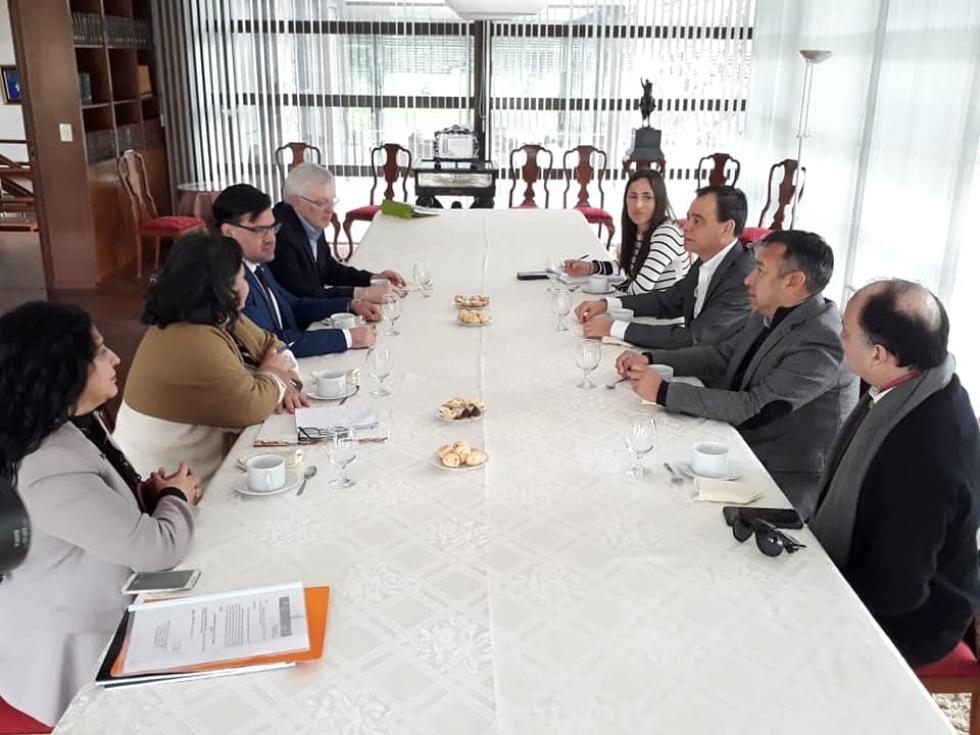 Lazos Culturales con Paraguay-Reunión de trabajo (1).jpg