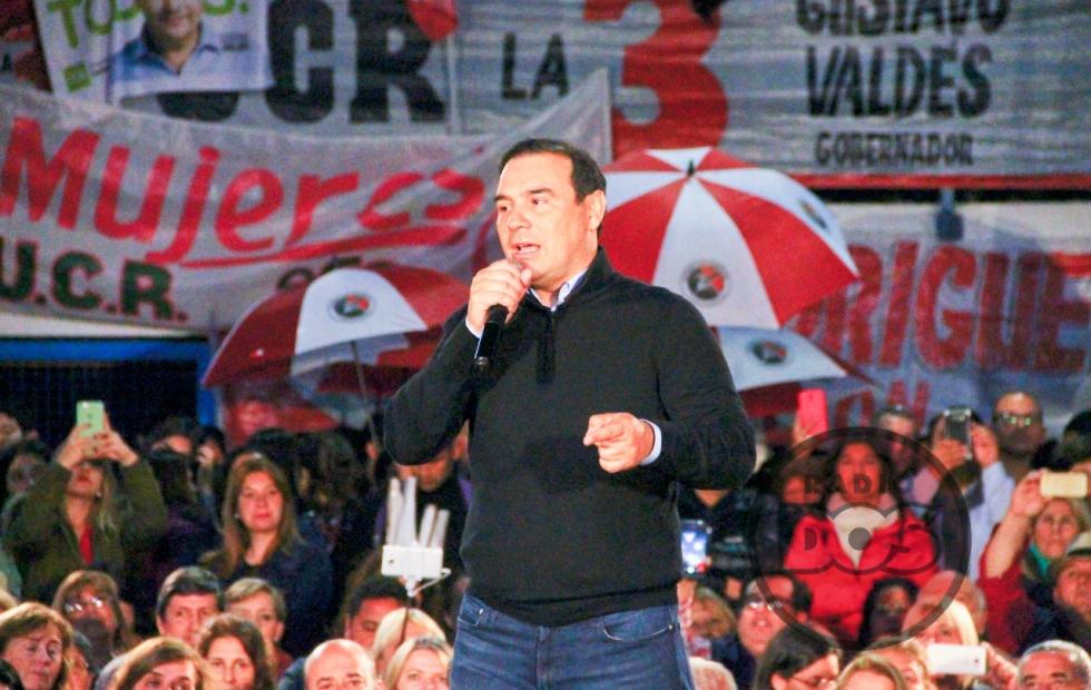 """Cierre de campaña de ECO: """"Hay que votar a Macri porque creyó en Corrientes"""""""