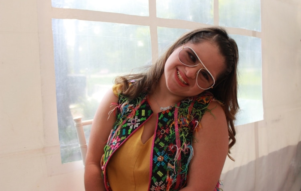 """""""Me dijeron 'no puedes porque tienes síndrome de down'"""": La rechazaron de dos escuelas y ahora es una afamada diseñadora"""