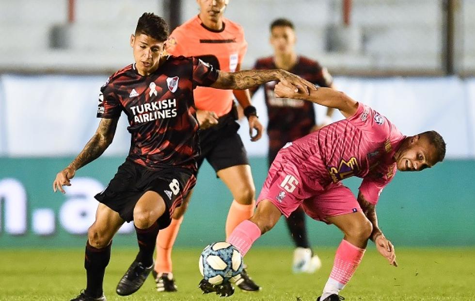Superliga: River y Arsenal empataron en un partidazo 3 a 3