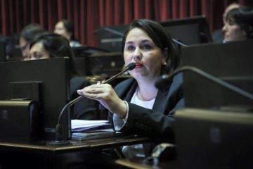 Ana Almiron.jpg