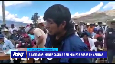 A latigazos: madre castiga a su hijo por robar un celular