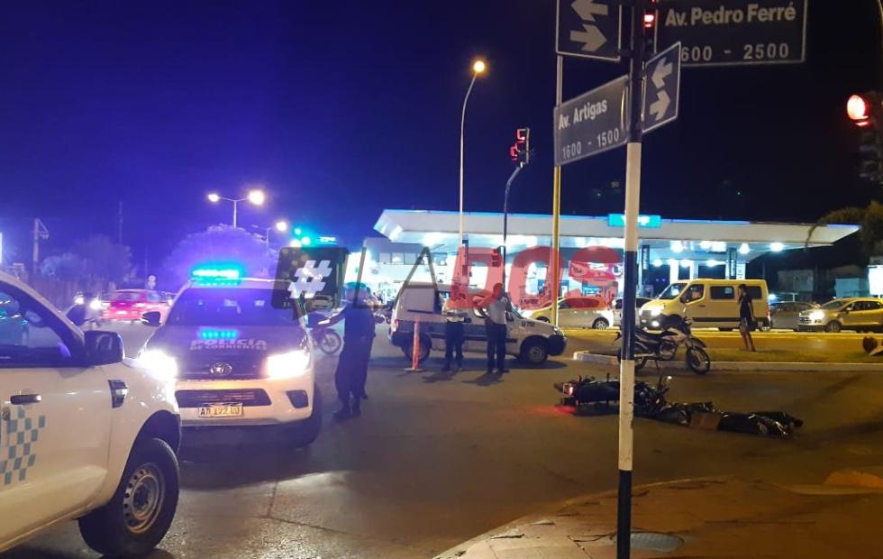 Corrientes: Un motociclista falleció tras grave accidente en la avenida Ferré