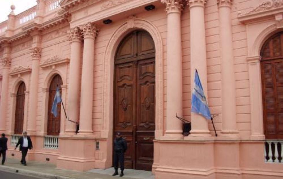 Día del Empleado Público: Hoy no hay atención en el Estado provincial