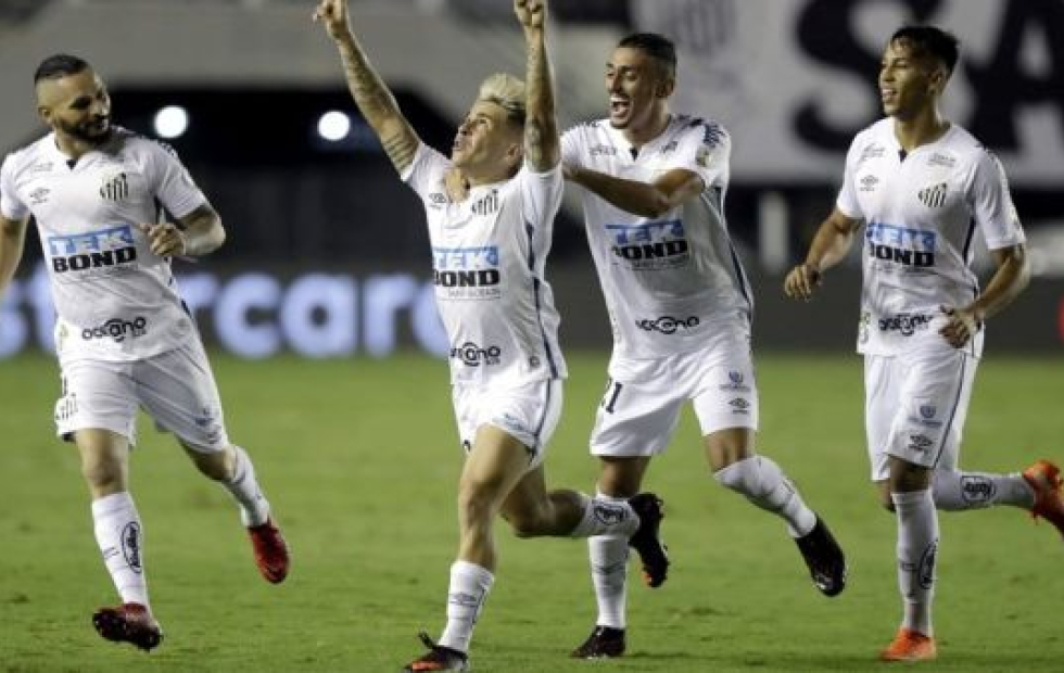 Copa Libertadores: Un Boca desconocido cayó sin atenuantes ante Santos