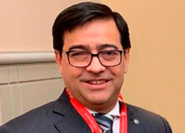 doctor Eduardo Perna