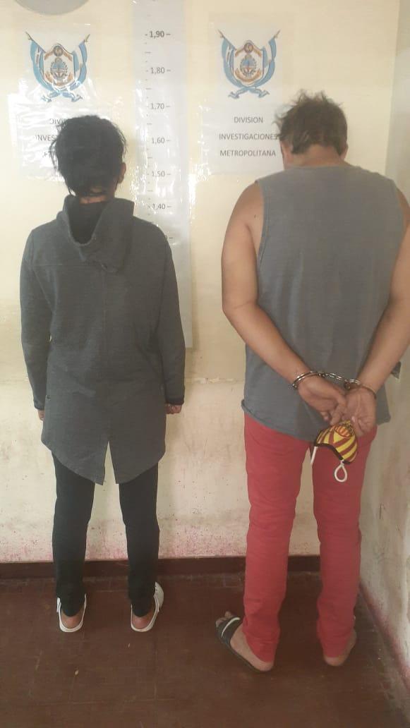 pareja detenida 1.jpg