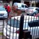 Violento robo: le dispararon a una mujer que estaba con su hijo en el auto