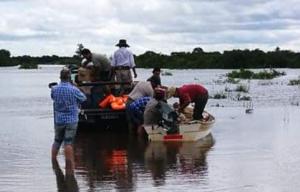 """Inundaciones: Educación aclaró que las escuelas """"son la última instancia como centro de evacuados"""""""