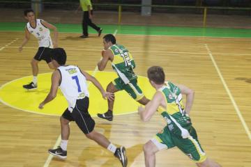 Torneo de Basquet Verano 1.jpg