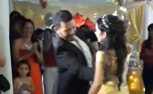 """Emotivo video: Correntina bailó en su Fiesta de 15 con el chamamé """"La Calandria"""""""
