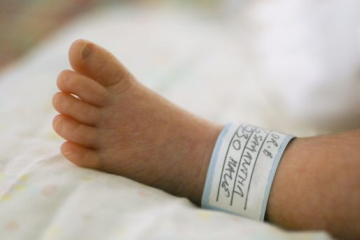 bigstock-premature-baby-5437064-7-514x342.jpg