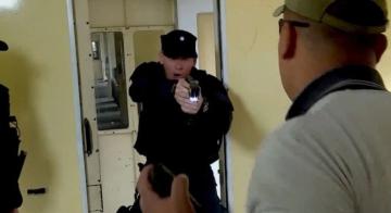 como-funciona-la-pistola-taser___cjpj5UQC__720x0__1.jpg