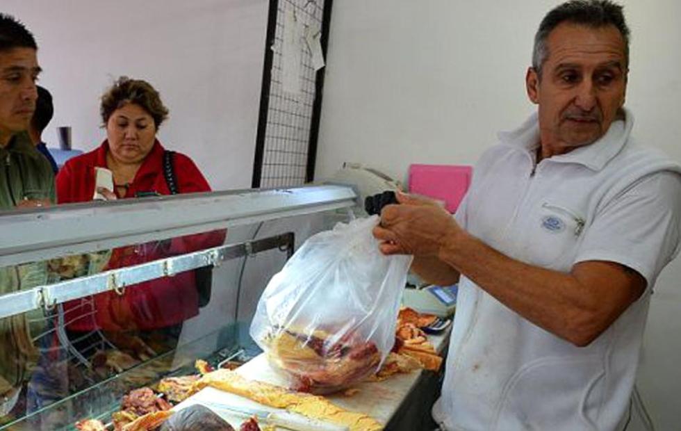El carnicero correntino del año: Vendió cuatro toneladas a bajo precio en horas