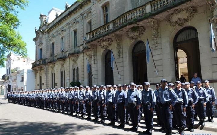formacion policiail.jpg