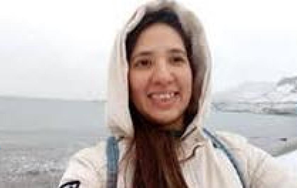 Video Viral: Una correntina se llevó una sorpresa en medio de la nieve