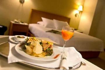 Hotelería y gastronomía.jpg