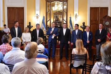 Valdés entrega de subsidios 08-11-19 MSF_2.JPG