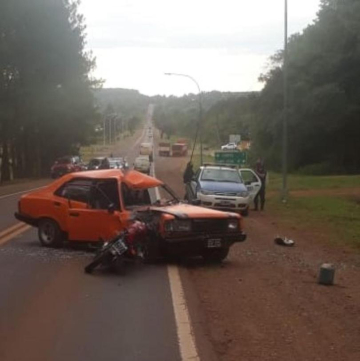 Un abuelo y un motociclista heridos tras la explosión de un neumático por Ruta 12